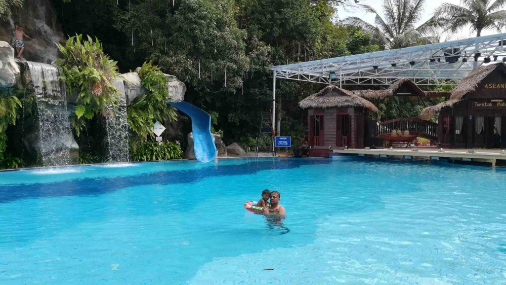 aseania_pool_3